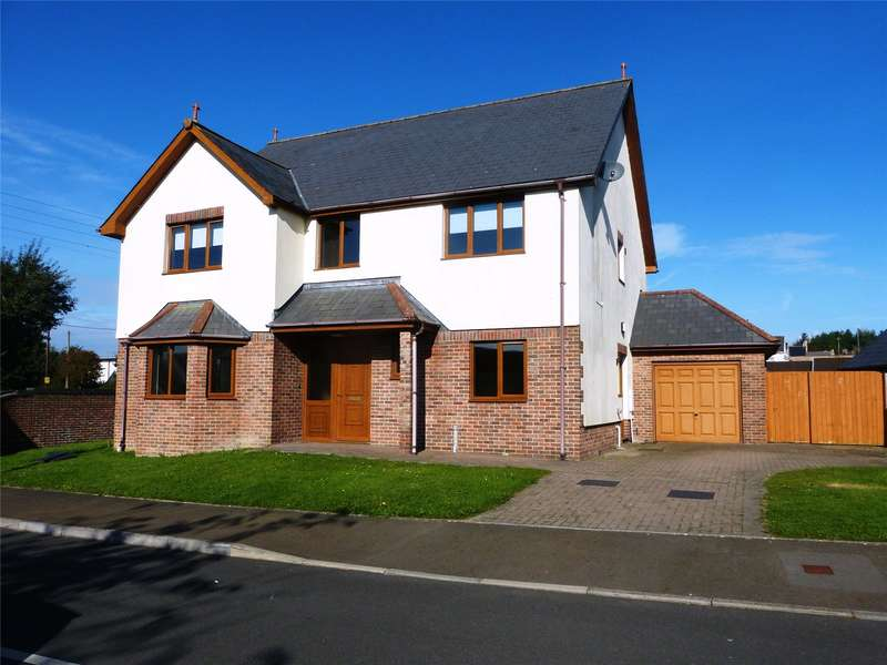 4 Bedrooms Detached House for sale in Llys Y Brenin, Whitland, Carmarthenshire