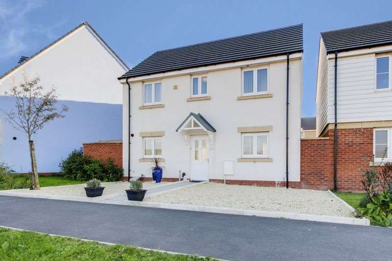 3 Bedrooms Detached House for sale in Bessemer Drive, Newport