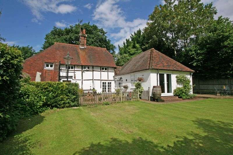 4 Bedrooms Detached House for sale in 3 bedroom period cottage with 1 bedroom annexe