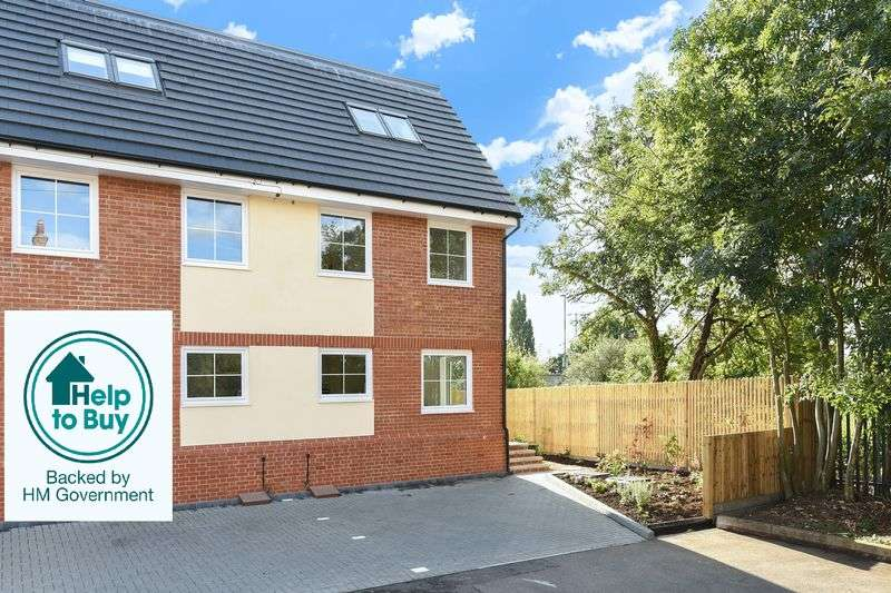 3 Bedrooms Semi Detached House for sale in Haycroft Road, Surbiton