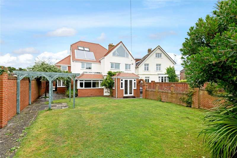 4 Bedrooms Semi Detached House for sale in Aldwick Avenue, Aldwick, West Sussex, PO21