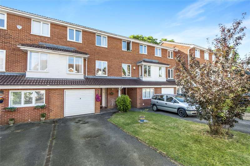 4 Bedrooms Terraced House for sale in Spencer Road, Strawberry Hill, TW2
