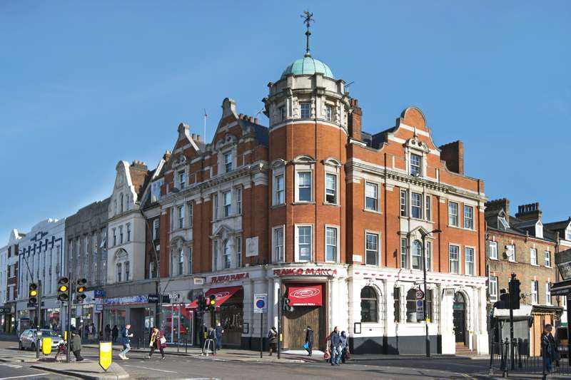 4 Bedrooms Flat for sale in Kilburn High Road, Kilburn