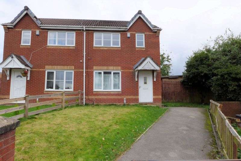 3 Bedrooms Semi Detached House for sale in Dovecote Lane, Little Hulton