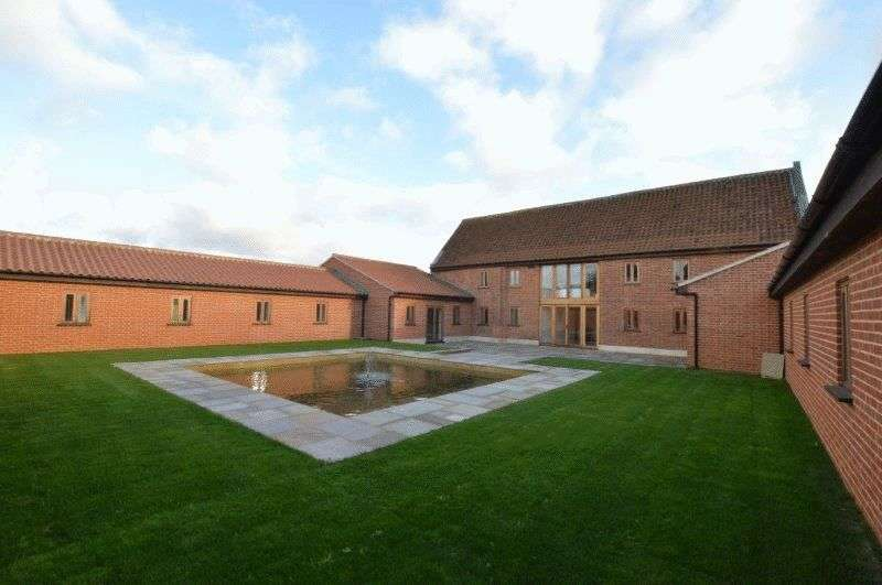 10 Bedrooms Property for sale in Neatherd Moor, Dereham