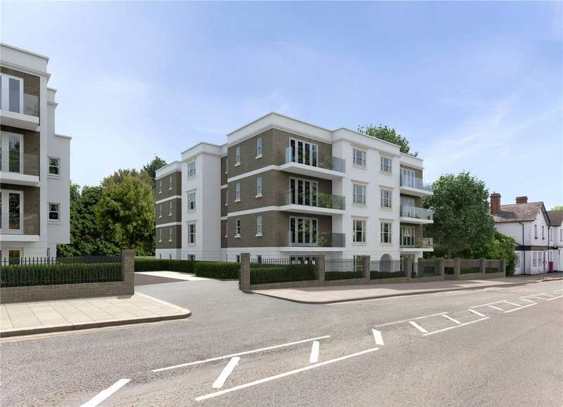 2 Bedrooms Flat for sale in The White House II, Sparrows Herne, Bushey, Hertfordshire, WD23