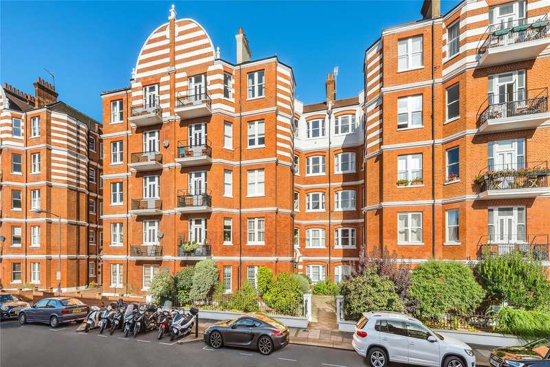 2 Bedrooms Flat for sale in Albert Palace Mansions, Lurline Gardens, London, SW11