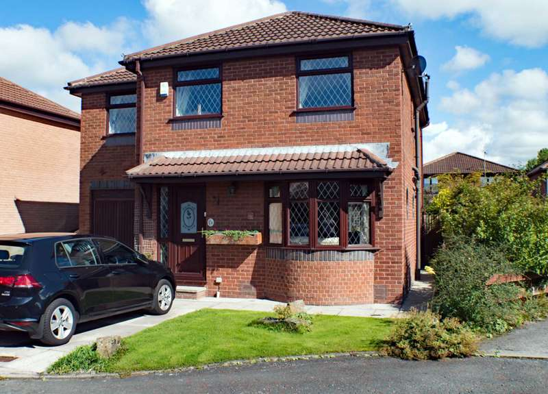 4 Bedrooms Detached House for sale in Royal Troon Court, Kirkham