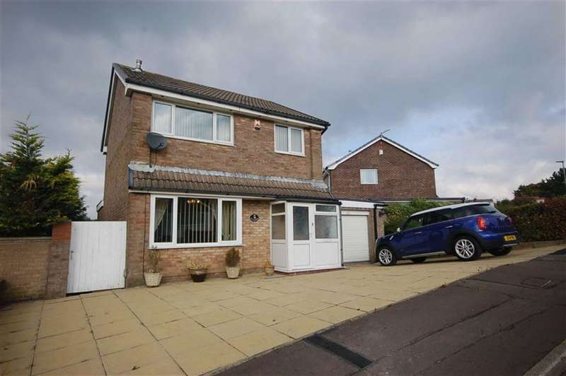 3 Bedrooms Property for sale in Farfield Drive, Lower Darwen