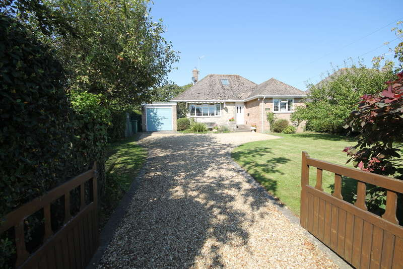 2 Bedrooms Detached Bungalow for sale in Brighstone, Isle of Wight