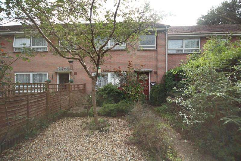 3 Bedrooms Terraced House for sale in Joys Road, Three Legged Cross, Wimborne