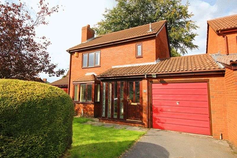 3 Bedrooms Detached House for sale in Appletree Close, West Allerton, Liverpool, L18
