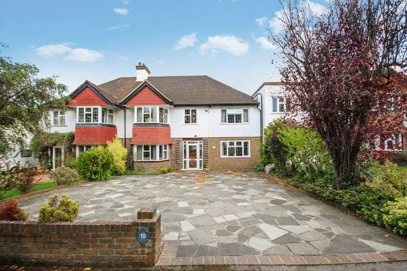 5 Bedrooms Semi Detached House for sale in CARSHALTON BEECHES