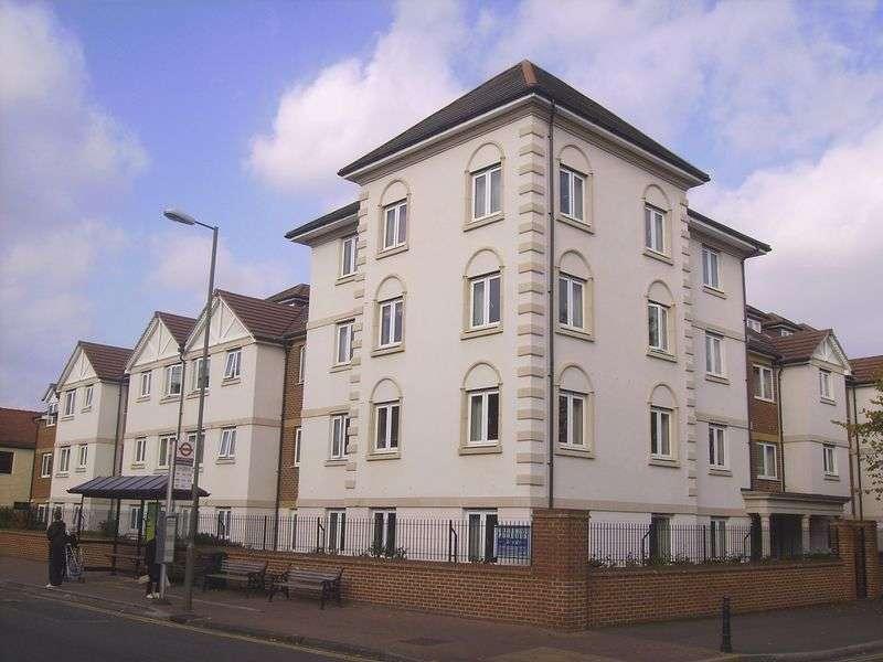1 Bedroom Retirement Property for sale in Perrin Court, Ashford, TW15 2GA