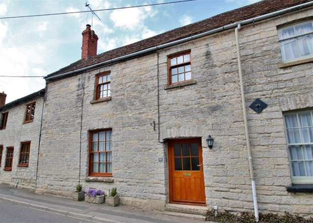 3 Bedrooms Terraced House for sale in High Street, Butleigh, Glastonbury
