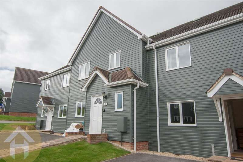 3 Bedrooms Town House for sale in Vastern, Royal Wootton Bassett, Swindon