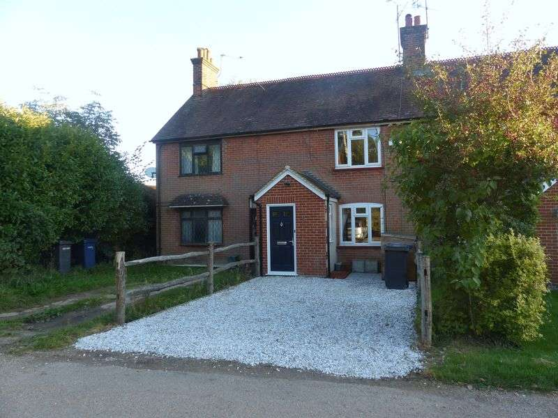 2 Bedrooms Property for sale in Elmbridge Road, Cranleigh