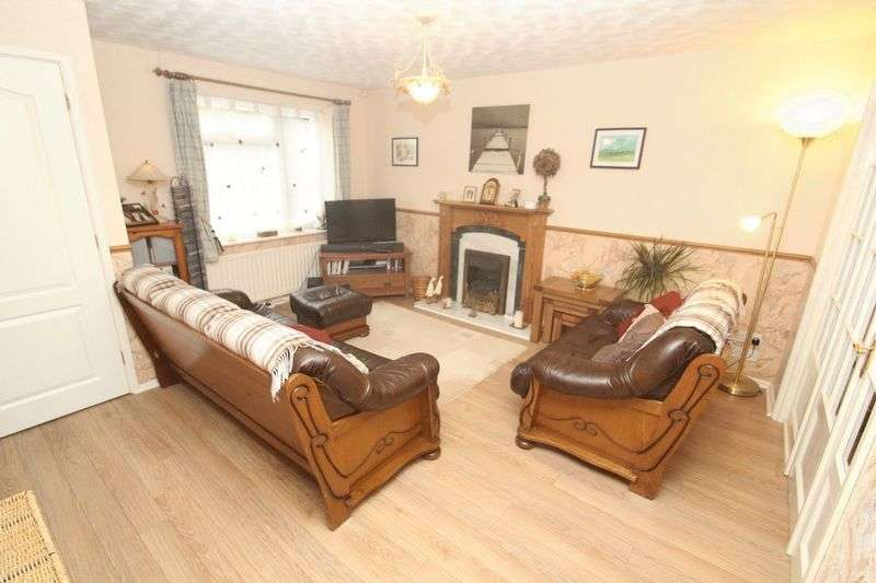 4 Bedrooms Property for sale in Christopher Acre, Norden, Rochdale OL11 5FE