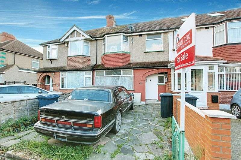 3 Bedrooms Terraced House for sale in Malden Avenue, Greenford