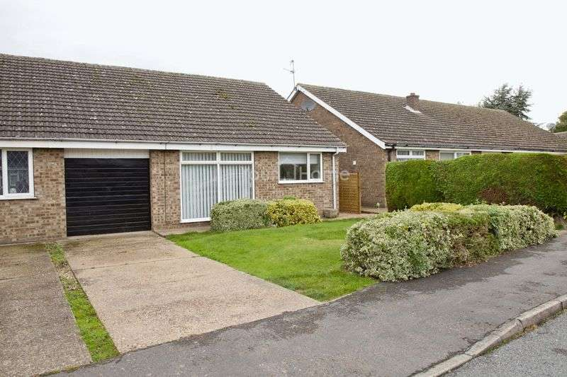 3 Bedrooms Semi Detached Bungalow for sale in Medway, Lincoln