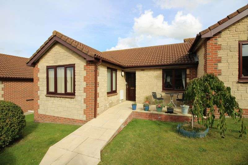 2 Bedrooms Bungalow for sale in Kingshill Gardens, Nailsea
