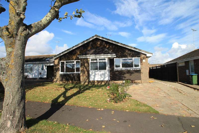 3 Bedrooms Detached Bungalow for sale in Neptune Way, Littlehampton, West Sussex, BN17