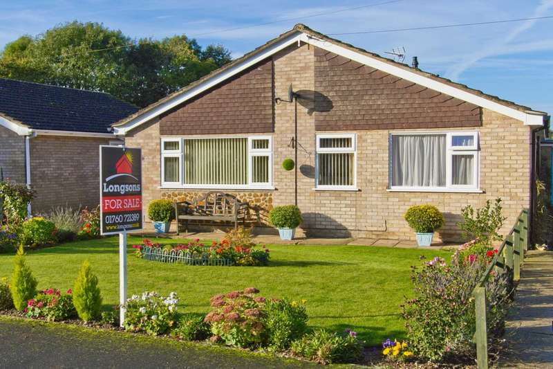 3 Bedrooms Detached Bungalow for sale in Longfields, Swaffham