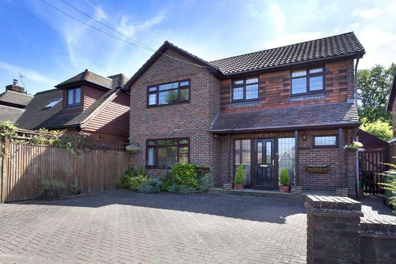 3 Bedrooms Detached House for sale in Faygate Lane, Faygate