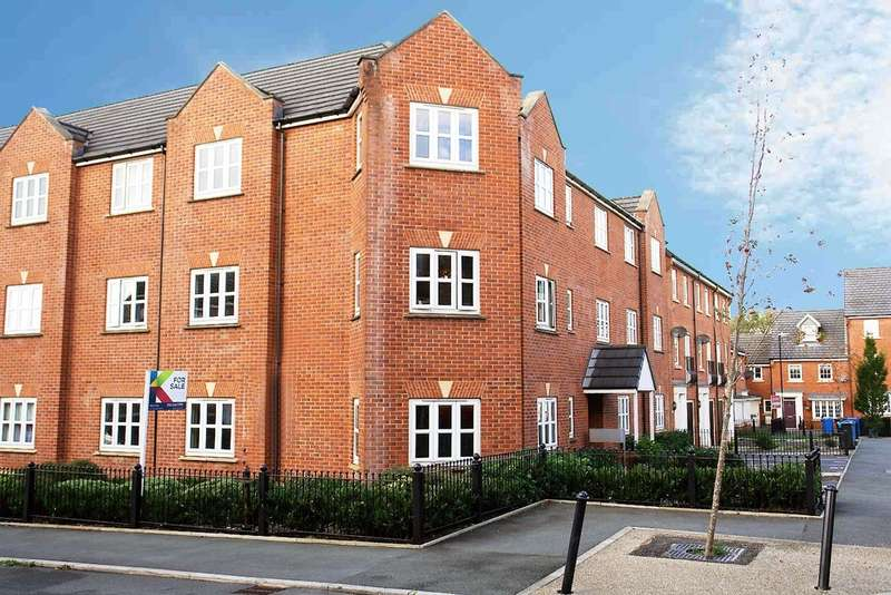 2 Bedrooms Flat for sale in 32 The Fairways, Royton
