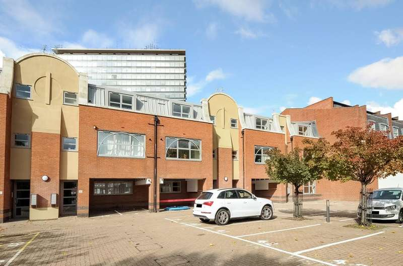 1 Bedroom Apartment Flat for sale in Surbiton