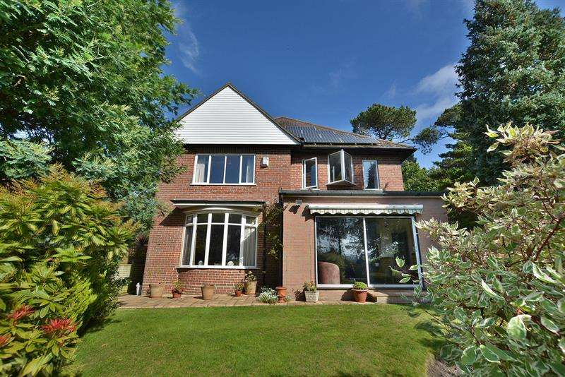 4 Bedrooms Detached House for sale in Branksome Wood Road, Bournemouth