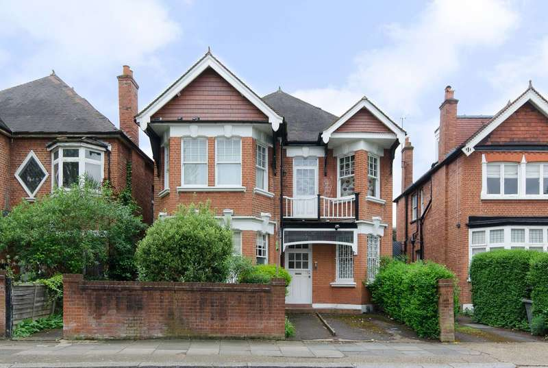 2 Bedrooms Flat for sale in Teignmouth Road, Mapesbury Estate, NW2