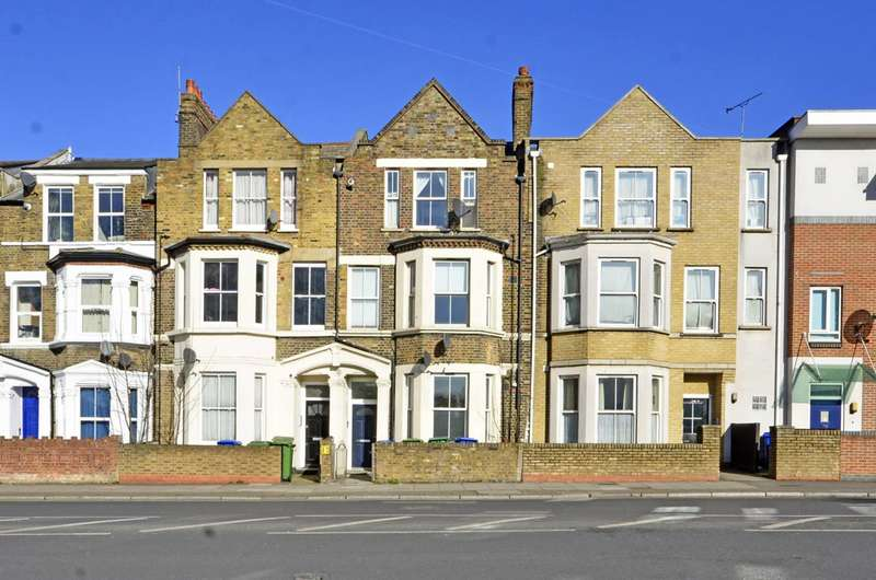 1 Bedroom Flat for sale in Lower Road, Canada Water, SE16