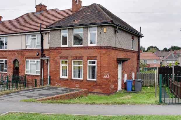 3 Bedrooms Property for sale in Hastilar Rd, Sheffield, South Yorkshire, S13 8EH