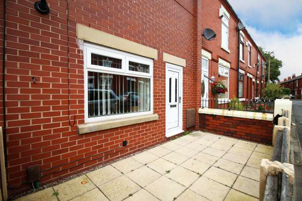 6 Bedrooms Apartment Flat for sale in Careless Lane, Wigan, Lancashire, WN2 2HP