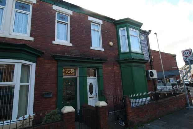 2 Bedrooms Flat for sale in Oxford Avenue, South Shields, Tyne And Wear, NE33 4TP