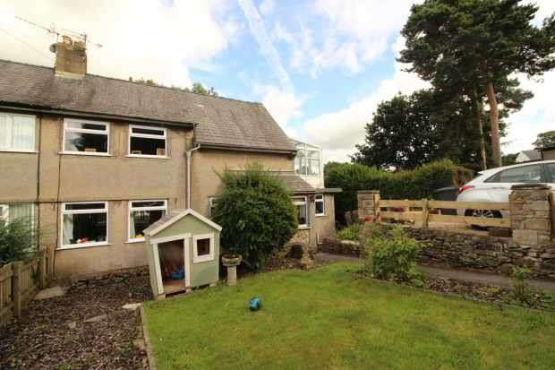 3 Bedrooms Semi Detached House for sale in Lunefield Drive, Carnforth, Lancashire, LA6 2BY