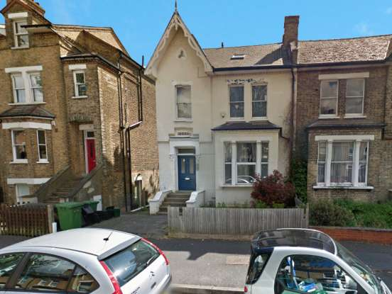 2 Bedrooms Flat for sale in Avington Grove, Anerley, Greater London, SE20 8RY