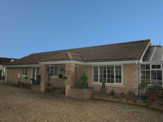 3 Bedrooms Detached Bungalow for sale in Owston Ferry, Doncaster, South Yorkshire, DN9 1BQ