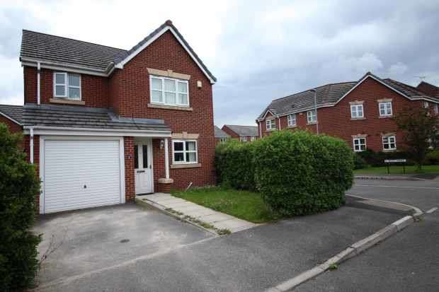 3 Bedrooms Detached House for sale in Westbank Street, Widnes, Cheshire, WA8 0QT