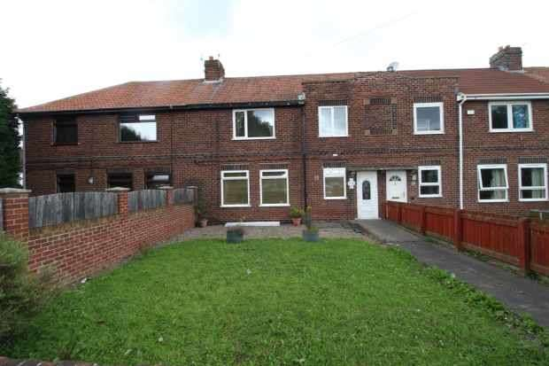 4 Bedrooms Terraced House for sale in York Road, Chester Le Street, Durham, DH3 2DE
