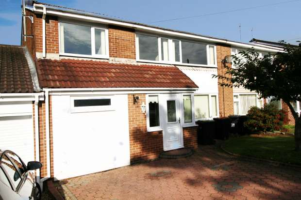 5 Bedrooms Semi Detached House for sale in Canterbury Rd, Durham, DH1 5PY