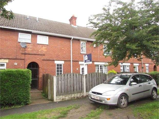 3 Bedrooms Town House for sale in Warren Road, Conisbrough, DN12 2NF