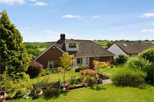 4 Bedrooms Detached Bungalow for sale in College Road, Wolborough Hill, Newton Abbot, Devon. TQ12 1EG