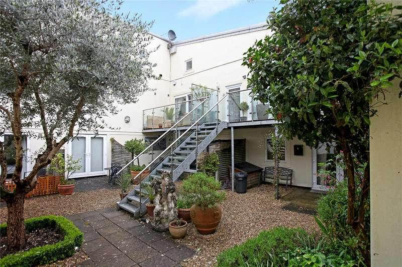 2 Bedrooms Terraced House for sale in Painswick Heights, Yokehouse Lane, Stroud, Gloucestershire, GL6