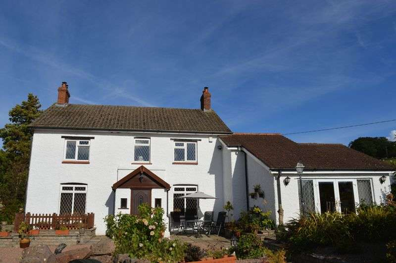 5 Bedrooms Detached House for sale in Pandy, Monmouthshire