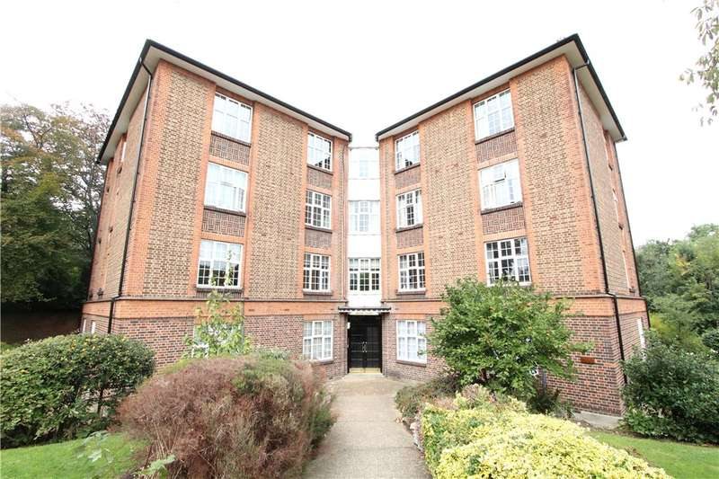 2 Bedrooms Flat for sale in Daver Court, Mount Avenue, London, W5