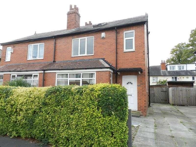 3 Bedrooms Semi Detached House for sale in Estcourt Terrace, Leeds