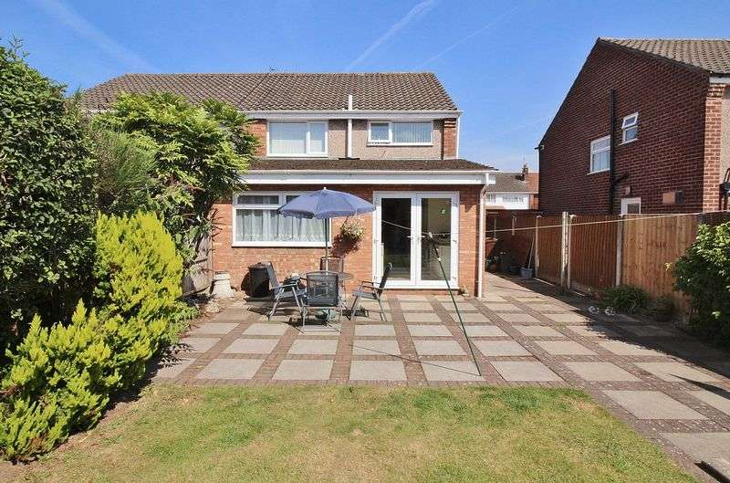 3 Bedrooms Semi Detached House for sale in Thirlmere Drive, Ainsdale
