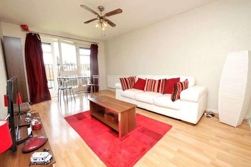 1 Bedroom Flat for sale in Borough Avenue, Wallingford